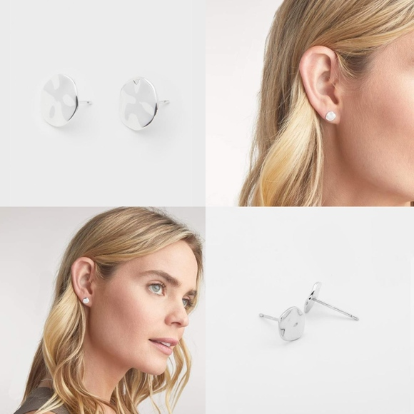 Gorjana Jewelry - Gorjana Chloe Small Silver Studs